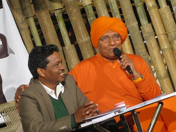 Gladson Dungdung and Swami Agnivesh